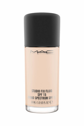 M.A.C Fondöten - Studio Fix Fluid Spf 15 NW10 30 ml 773602264445