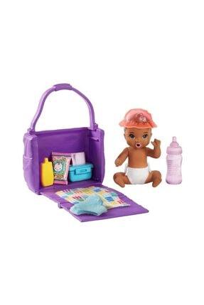 Barbie Bebek Bakıcısı Özellikli Minik Bebekler Bez Değiştirme Zamanı Ghv83-ghv86