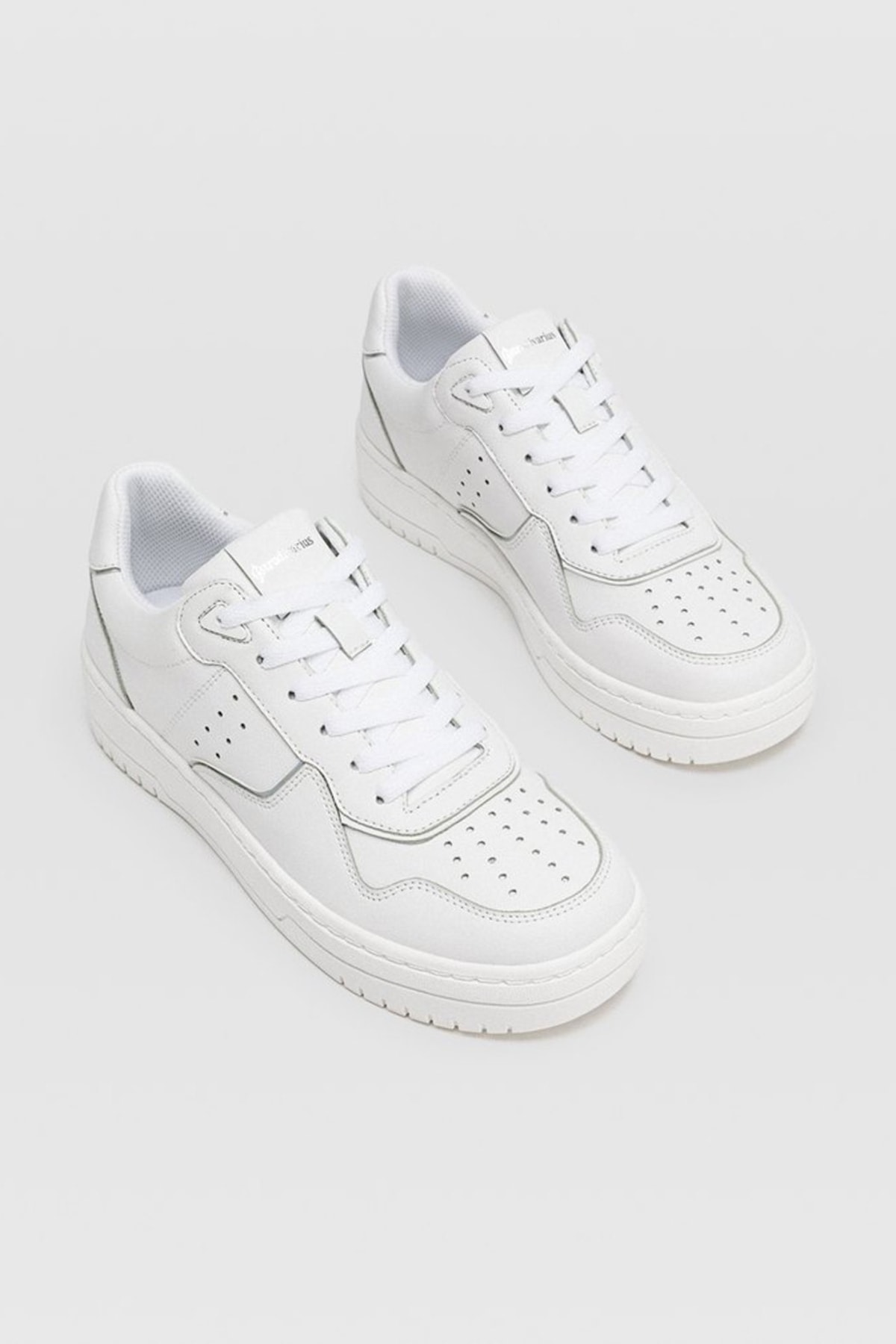 Stradivarius Kadın Beyaz Şeritli Spor Ayakkabı 19002570 2