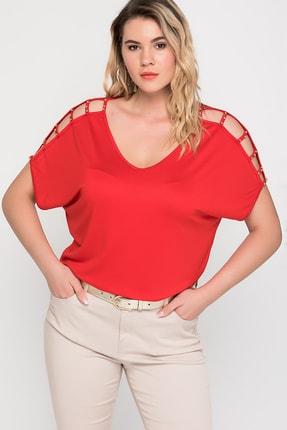 Şans Kadın Kırmızı Omuz Dekolteli İnci Detaylı Viskon Bluz 65N15453