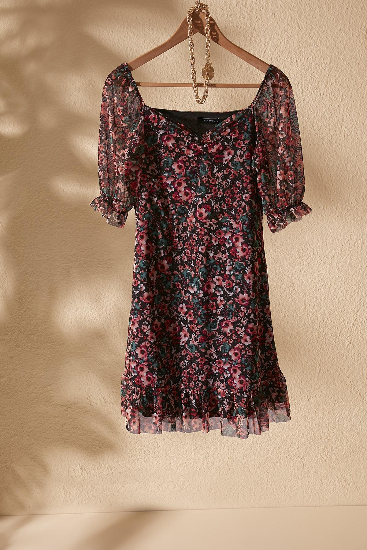 TRENDYOLMİLLA Çok Renkli Çiçek Desenli Tül Örme Elbise TWOSS20EL1690 1