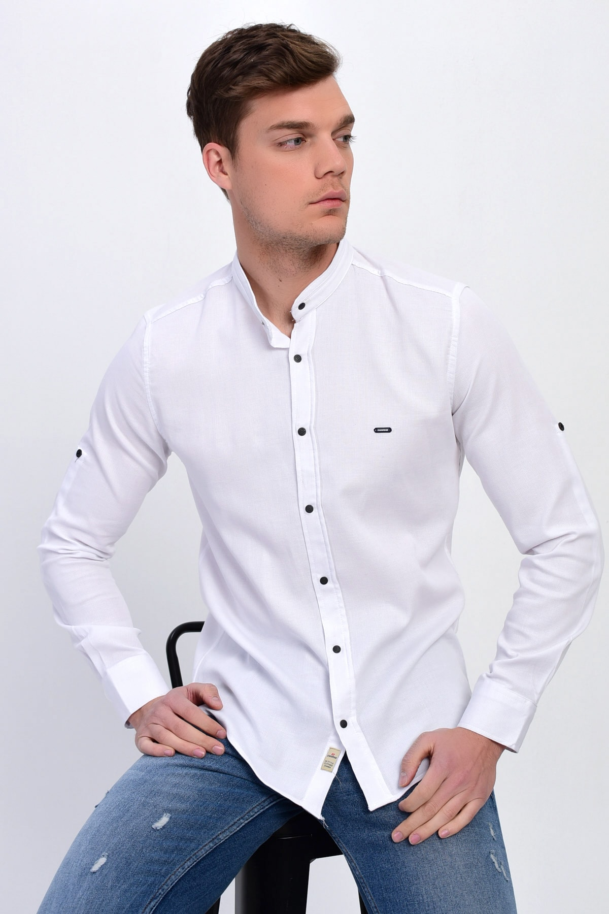 DYNAMO Erkek Beyaz Hakim Yaka Çıtçıtlı Slim Fit Likralı Gömlek 1
