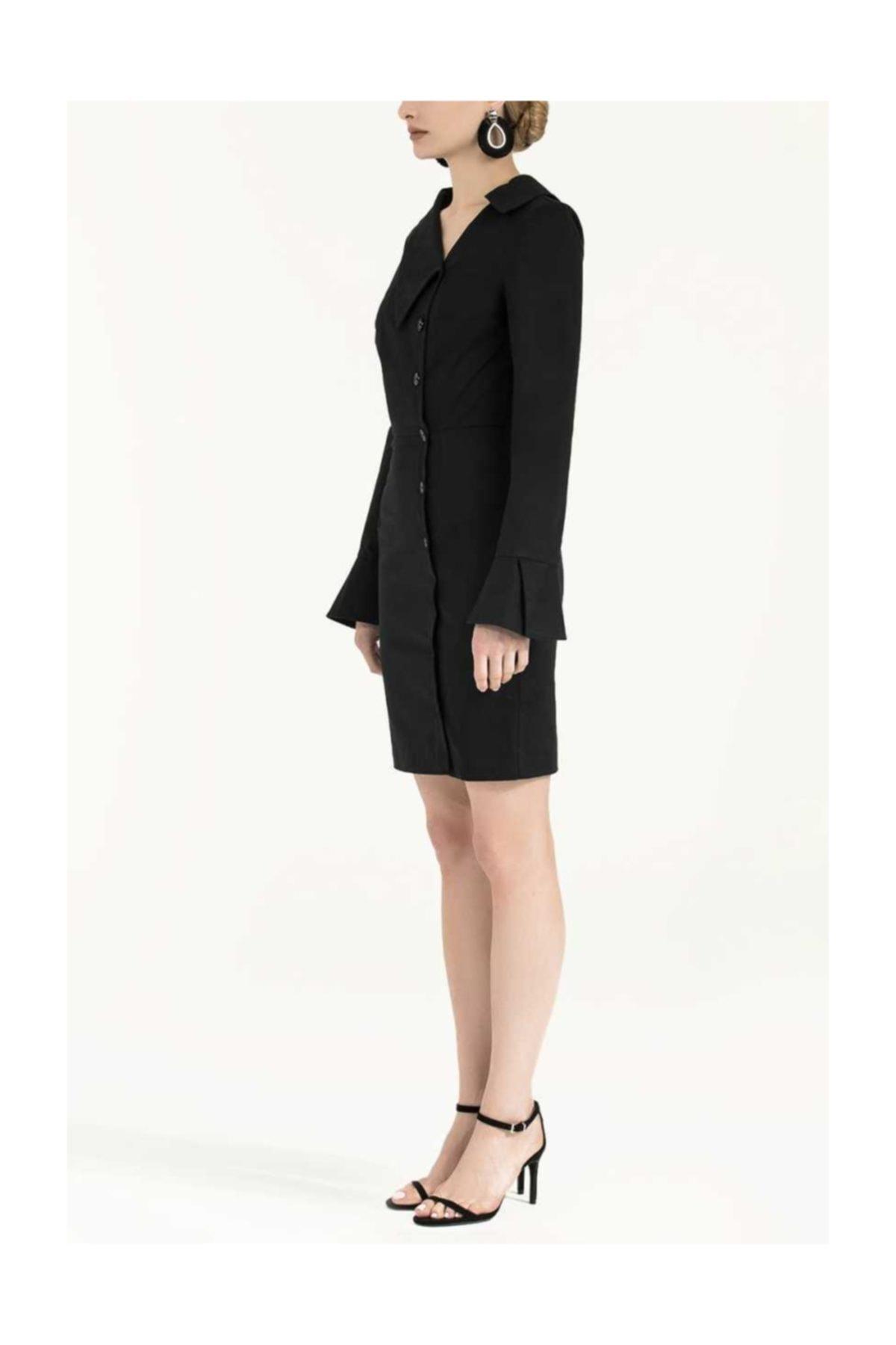 SOCIETA Düğmeli Asimetrik Yaka Dar Kesim Elbise Siyah 2