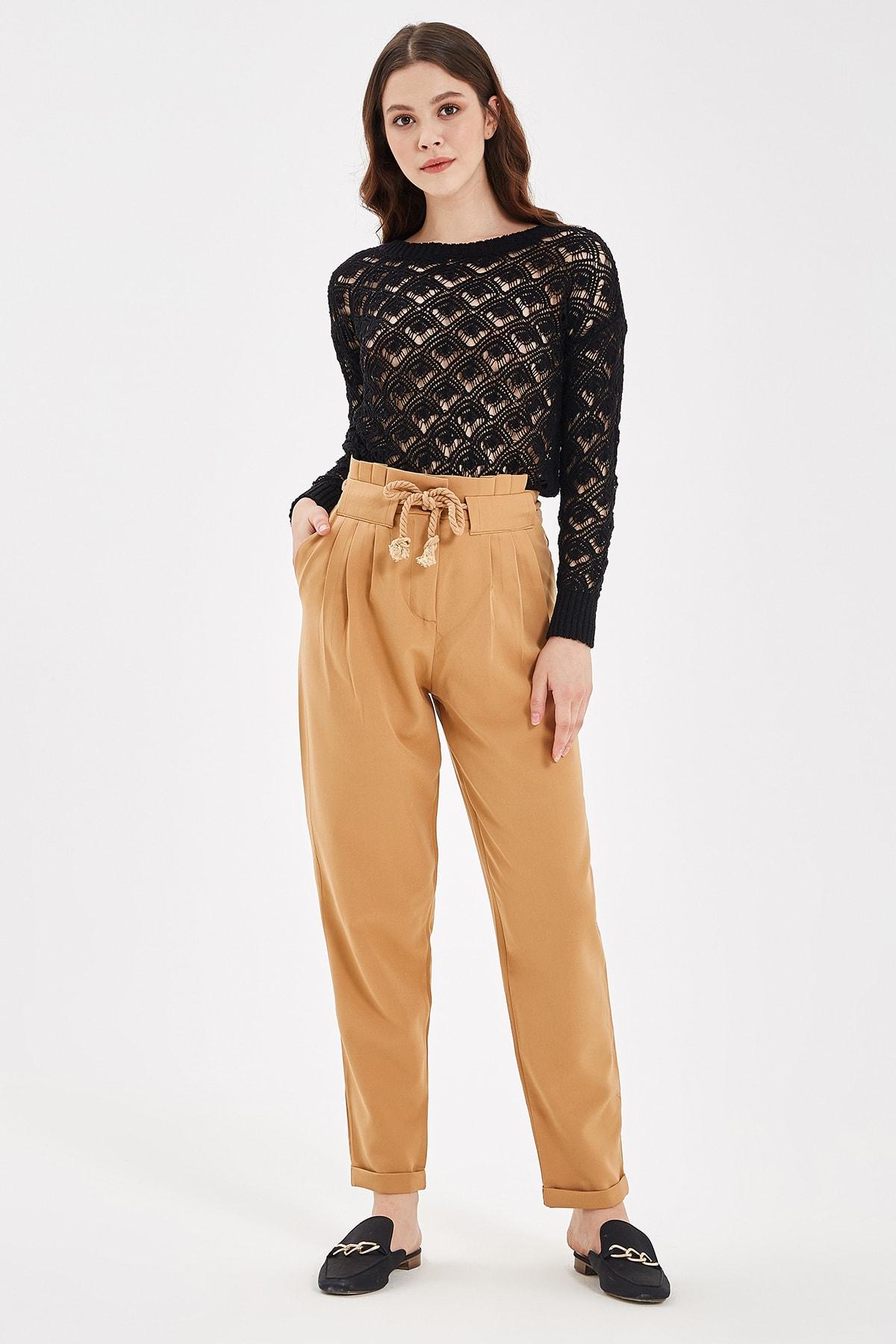 Nisan Triko Bisküvi Bağlama Detaylı Pantolon 1