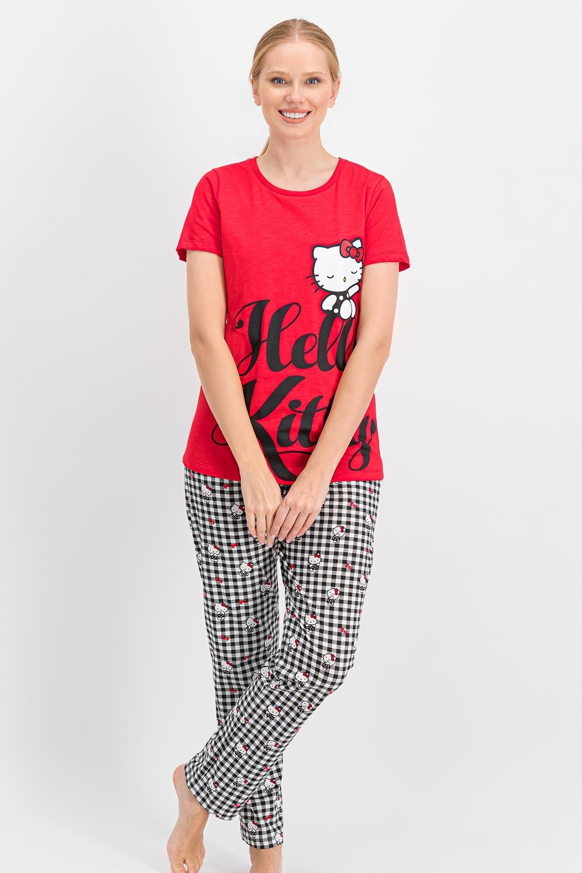 Hello Kitty Kadın Lisanslı Kırmızı Pijama Takımı 1
