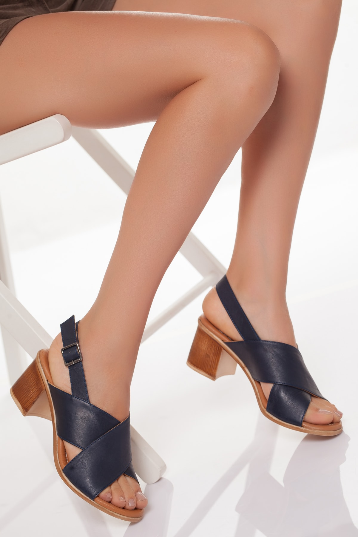 Zeus Sandals Hakiki Deri Kadın 5cm Topuklusandalet 1