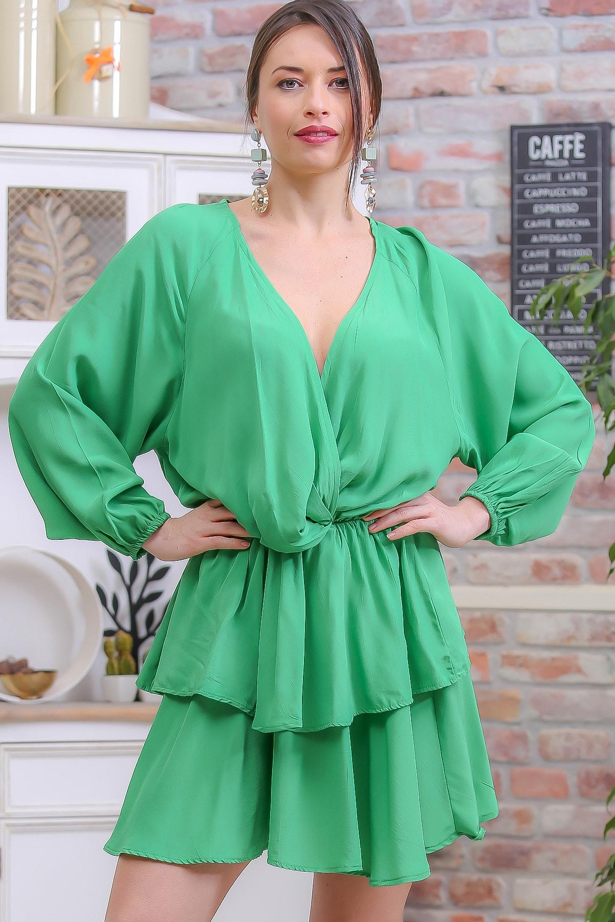Chiccy Kadın Yeşil Vintage Kruvaze Balon Kol Kat Kat Fırfır Etek Detaylı Elbise M10160000EL96962