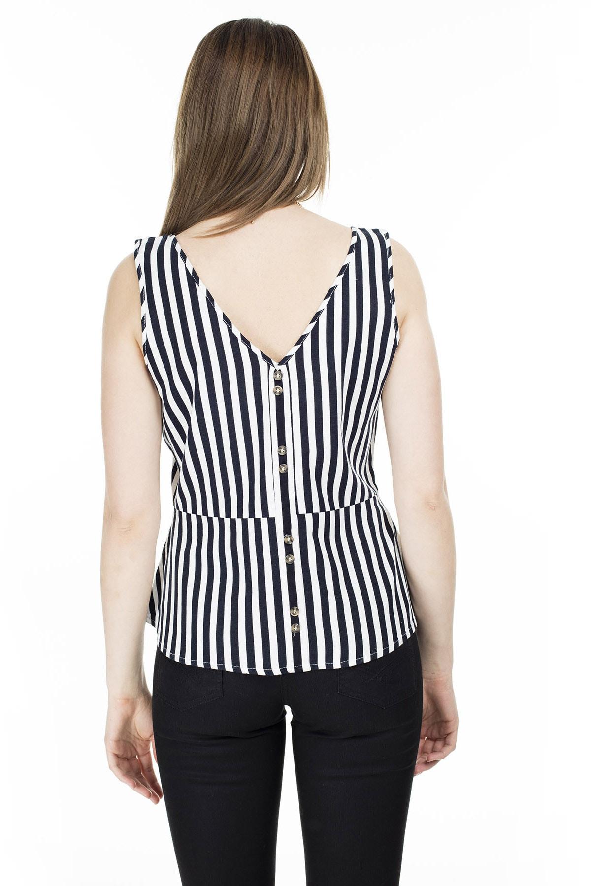 Vero Moda Kadın Lacivert Düğme Detaylı Çizgili Keten Karışımlı Kolsuz Bluz 10226439 VMHELENMILO 2