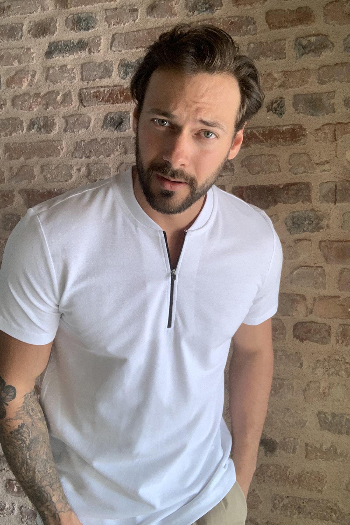 TRENDYOL MAN Beyaz Erkek Fermuarlı T-Shirt TMNSS20TS0966 1