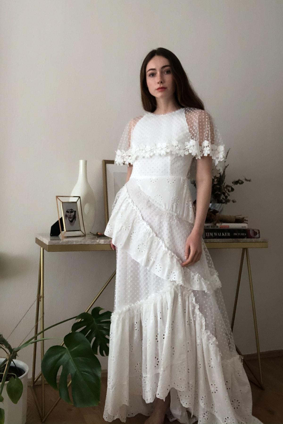 TRENDYOLMİLLA Ekru Aplike Detaylı Abiye & Mezuniyet Elbisesi TPRSS20AE0114 2