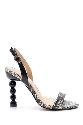 Derimod Kadın Topuk Detaylı Sandalet