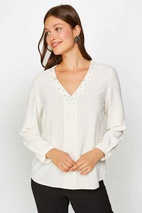 Faik Sönmez Kadın Ekru Dantel Detaylı Taşlı Bluz 60186 U60186
