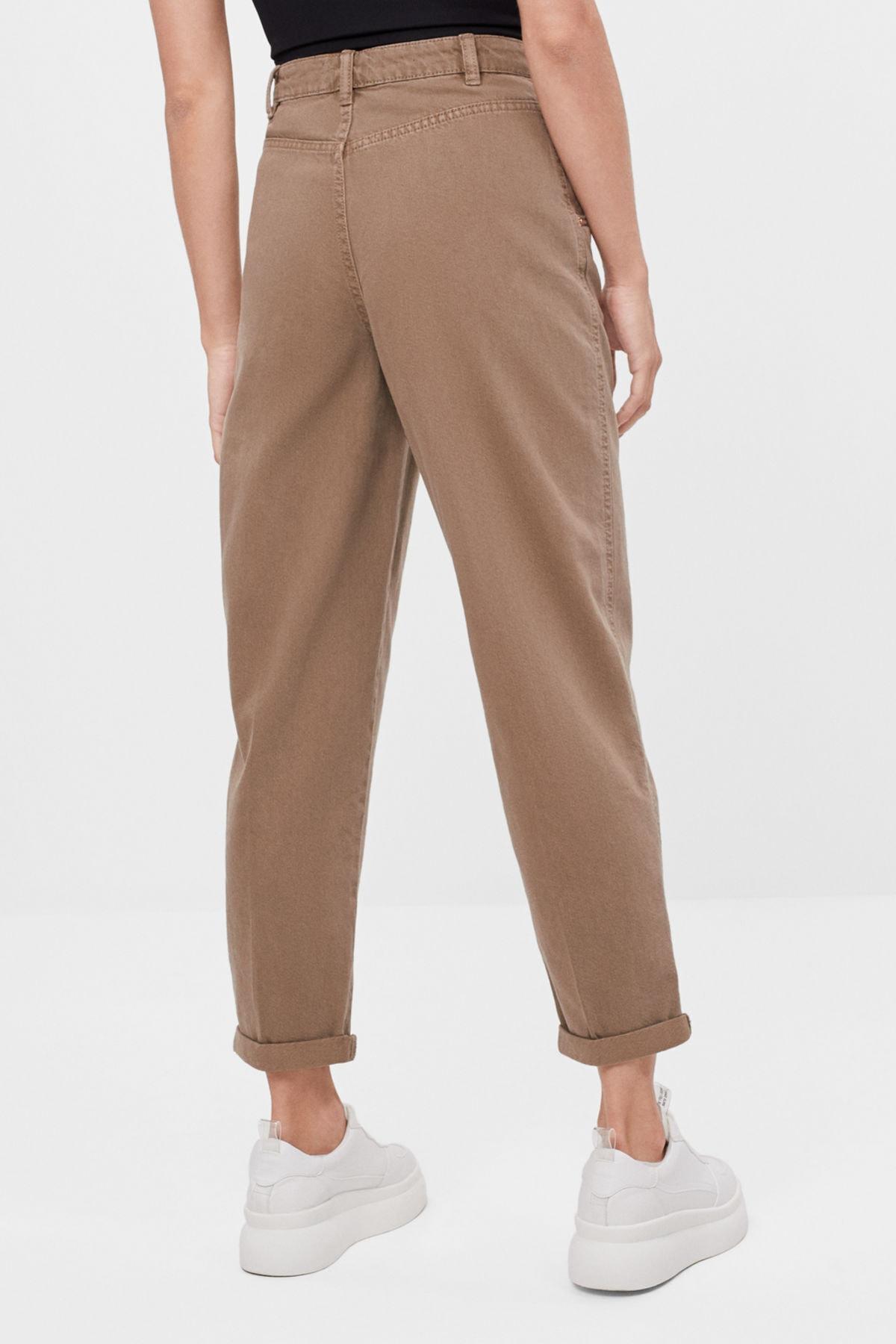 Bershka Kadın Kum Rengi Kıvrık Paçalı Slouchy Pantolon 2