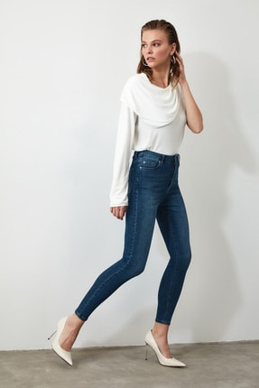 TRENDYOLMİLLA Indigo Yüksek Bel Skinny Jeans TWOSS20JE0098
