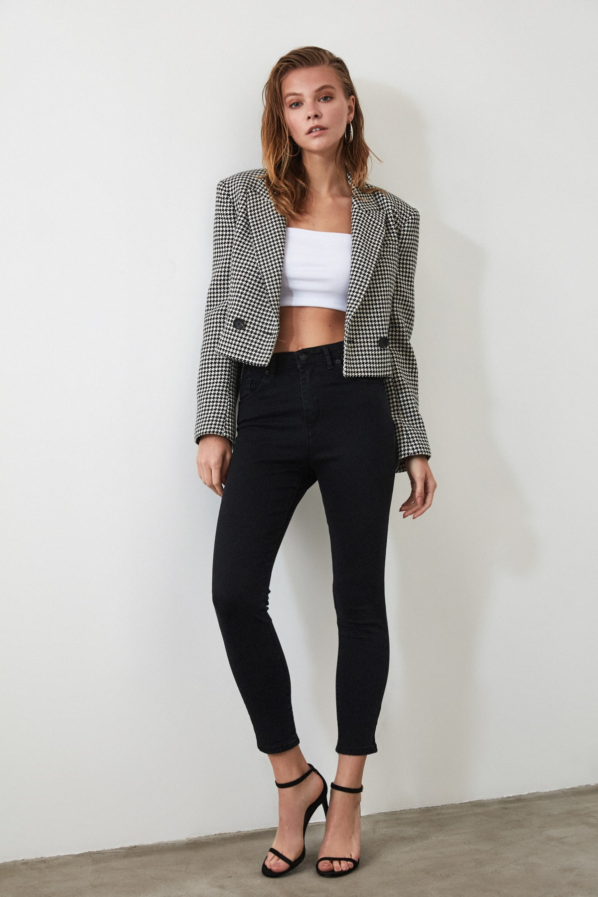 TRENDYOLMİLLA Siyah Yüksek Bel Skinny Jeans TWOSS20JE0301 2