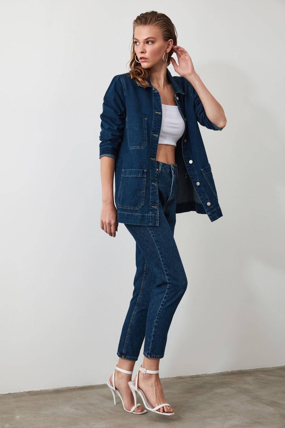 TRENDYOLMİLLA Lacivert Yıkamalı Yüksek Bel Mom Jeans TWOSS20JE0099 2