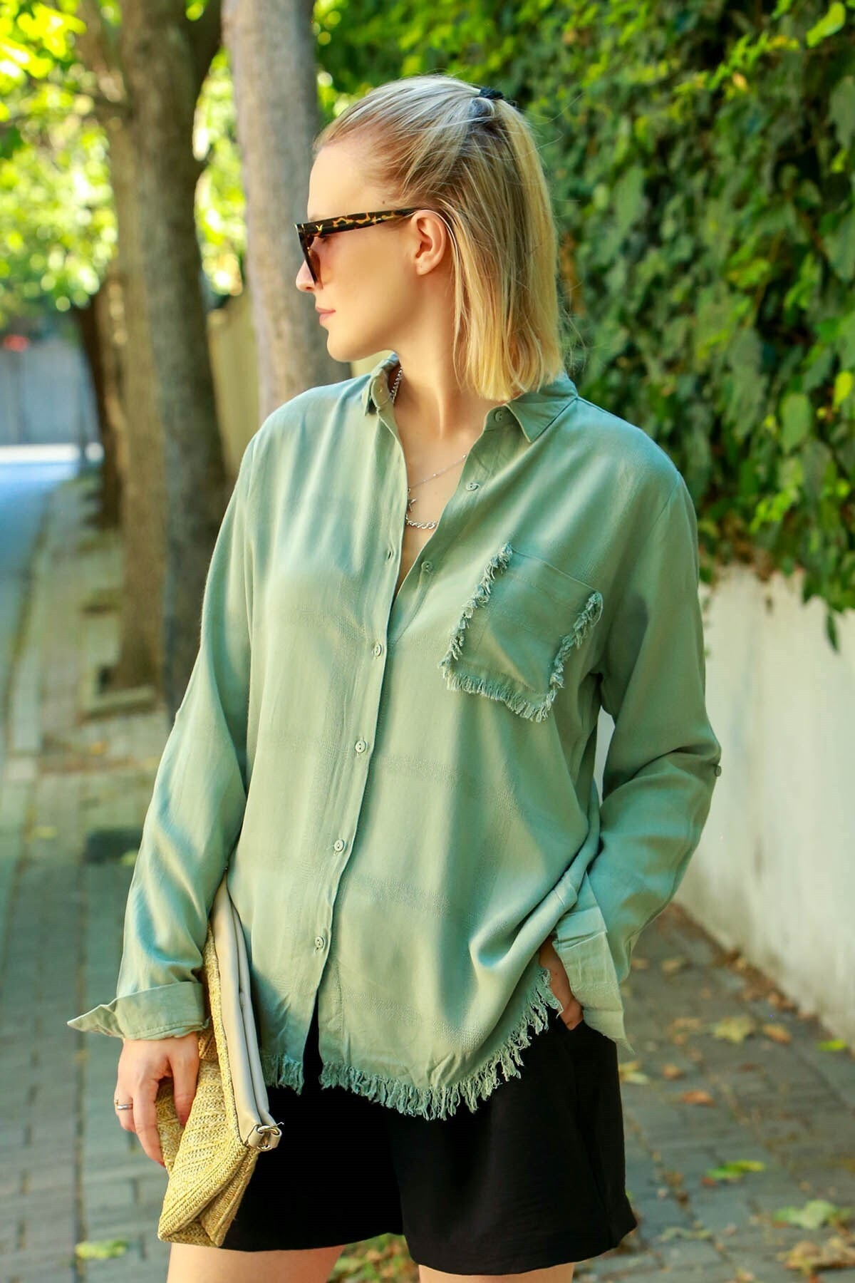 Madmext Kadın Yeşil Püsküllü Gömlek Mg617-3 2