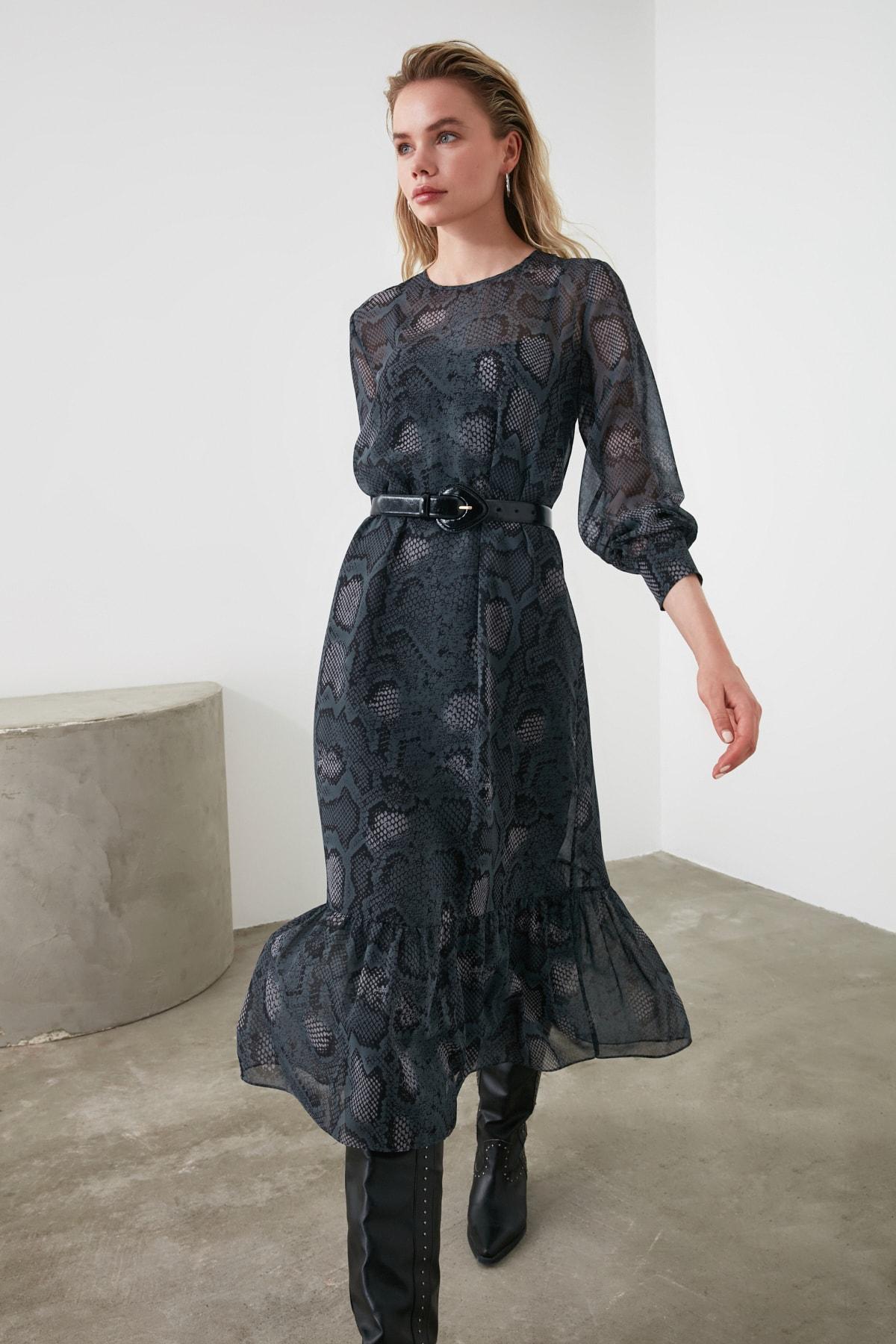 TRENDYOLMİLLA Çok Renkli Desenli Elbise TWOAW21EL0347 2