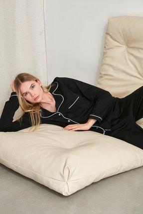 TRENDYOLMİLLA Siyah Biyeli Örme Pijama Takımı THMAW21PT0013
