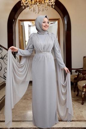 Esma Karadağ Gri Pelerinli Tüy Detay Abiye Elbise
