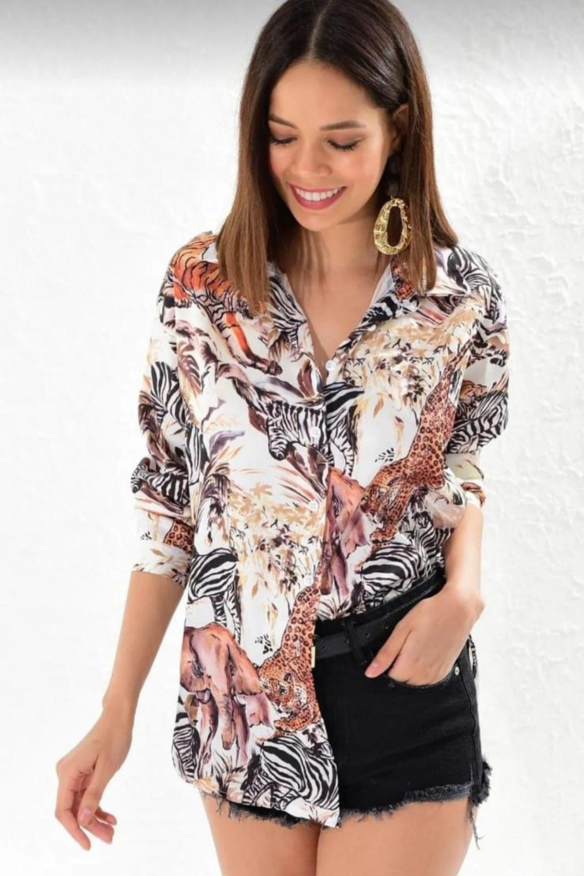 Mangoli Butik Kadın Beyaz Desenli Empirme Saten Gömlek 1