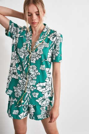 TRENDYOLMİLLA Çiçek Desenli Örme Pijama Takımı THMAW21PT0136
