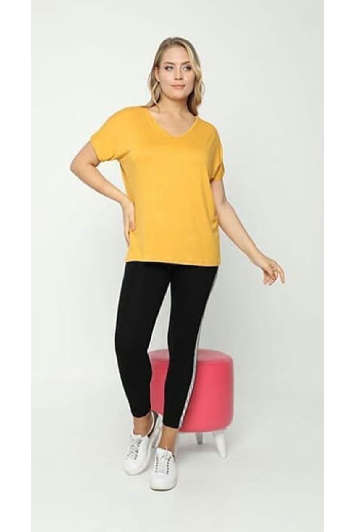zeynep Kadın Sarı Sırt Detaylı Bluz 1