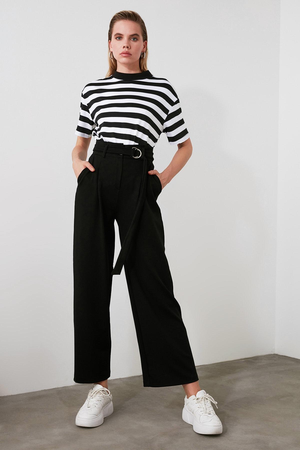 TRENDYOLMİLLA Siyah Kemerli Dökümlü Pileli Örme Pantolon TWOAW20PL0218 2
