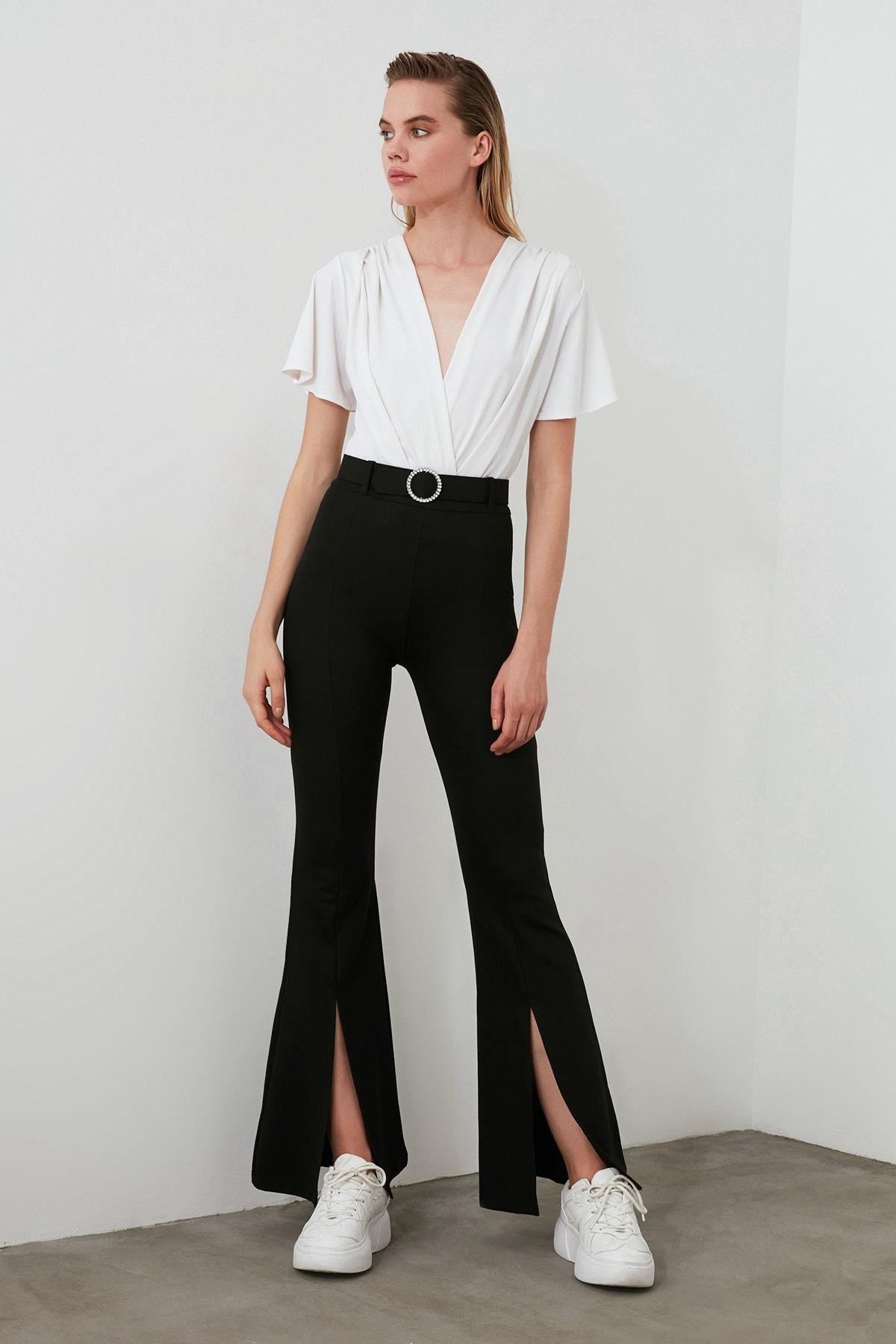 TRENDYOLMİLLA Siyah Taşlı Kemerli Yırtmaç Detaylı Örme Pantolon TWOSS20PL0100 1