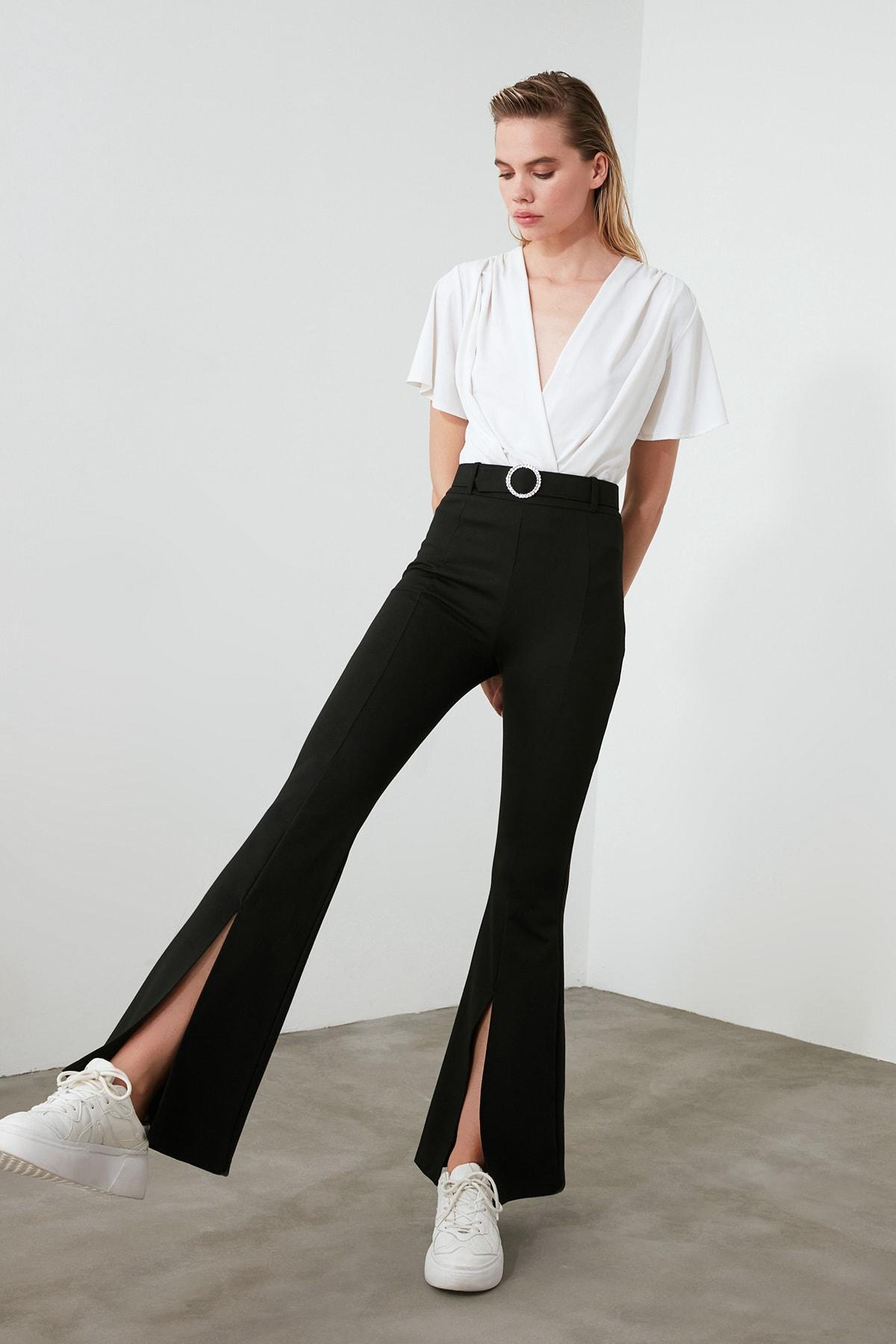 TRENDYOLMİLLA Siyah Taşlı Kemerli Yırtmaç Detaylı Örme Pantolon TWOSS20PL0100 2