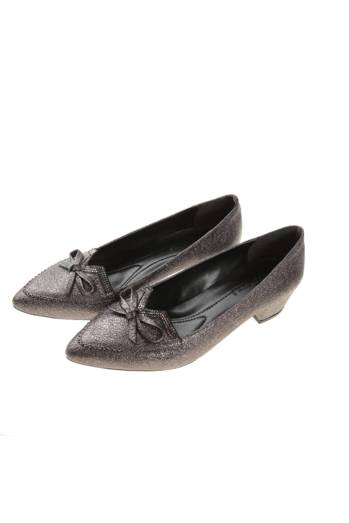 PUNTO Kadın Platin Abiye Kısa Topuk Ayakkabı 2
