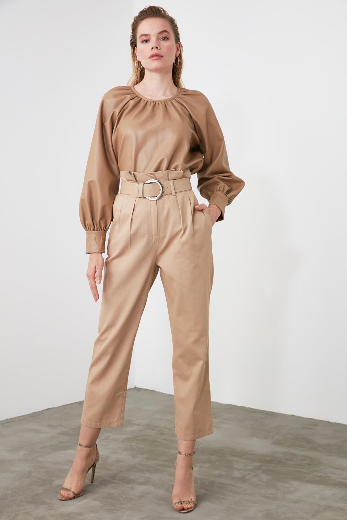 TRENDYOLMİLLA Bej Yüksek Bel Düz Kesim Pantolon TWOSS20PL0016 2