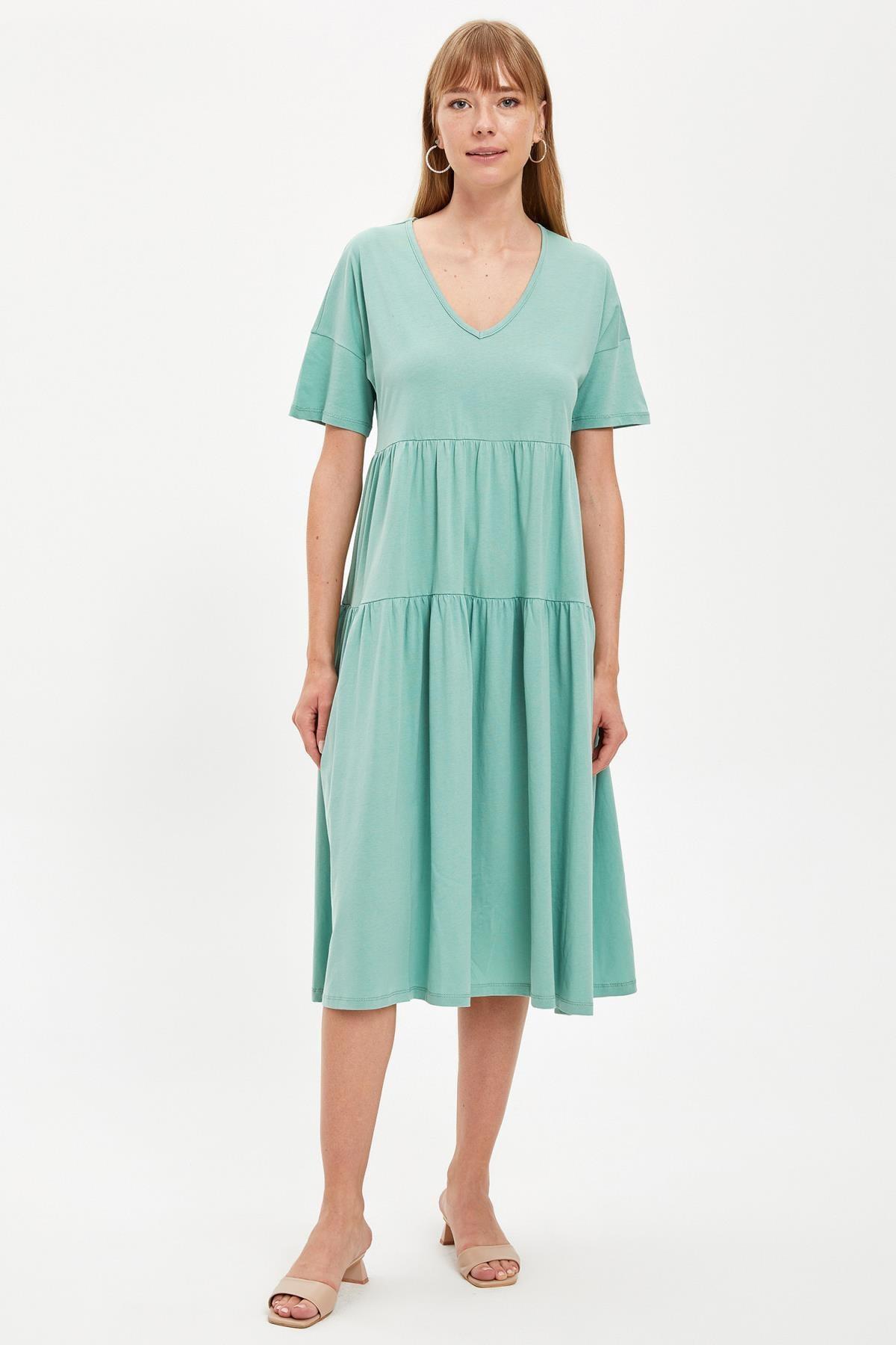 DeFacto V Yaka Volanlı Oversize Elbise