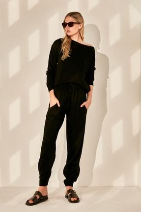 TRENDYOLMİLLA Siyah Kazak Pantolon Triko Alt-Üst Takım TWOAW21AU0062