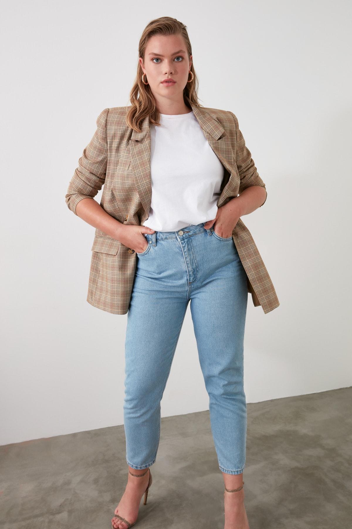 TRENDYOLMİLLA Açık Mavi Yüksek Bel Mom Jeans TWOSS20JE0108 2
