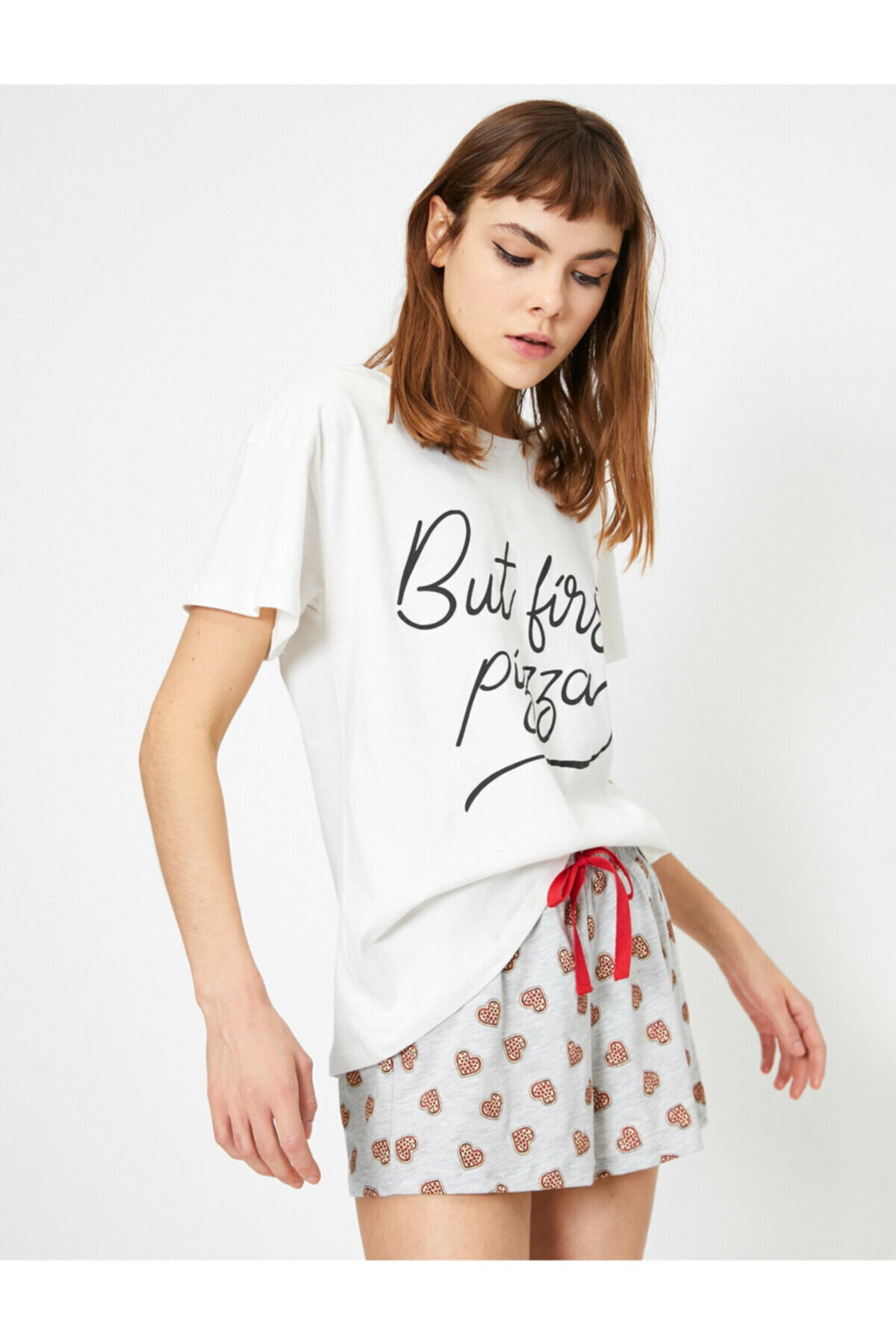 Koton Kadın Ekru Yazili Baskili Pijama Takimi 1