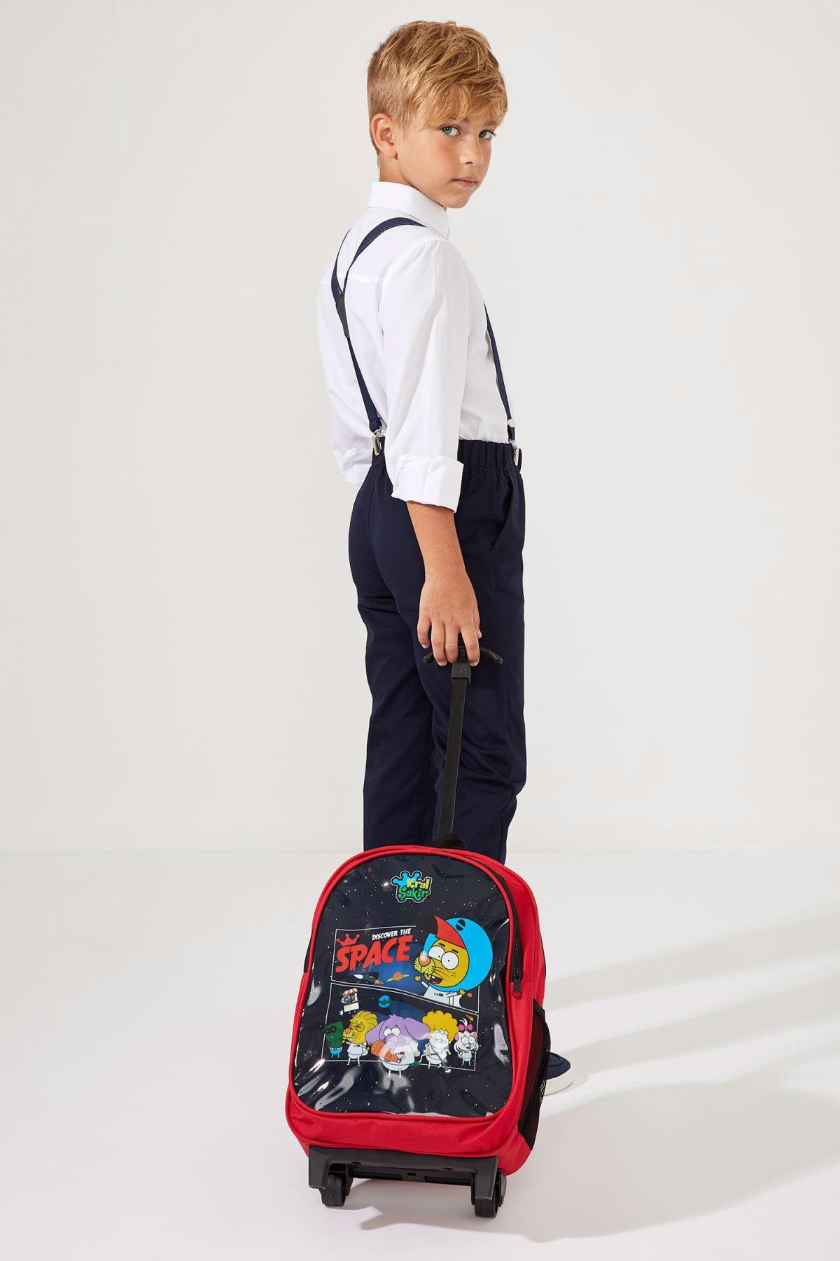 DeFacto Erkek Çocuk Kral Şakir Lisanslı Çekçekli Okul Çantası 1