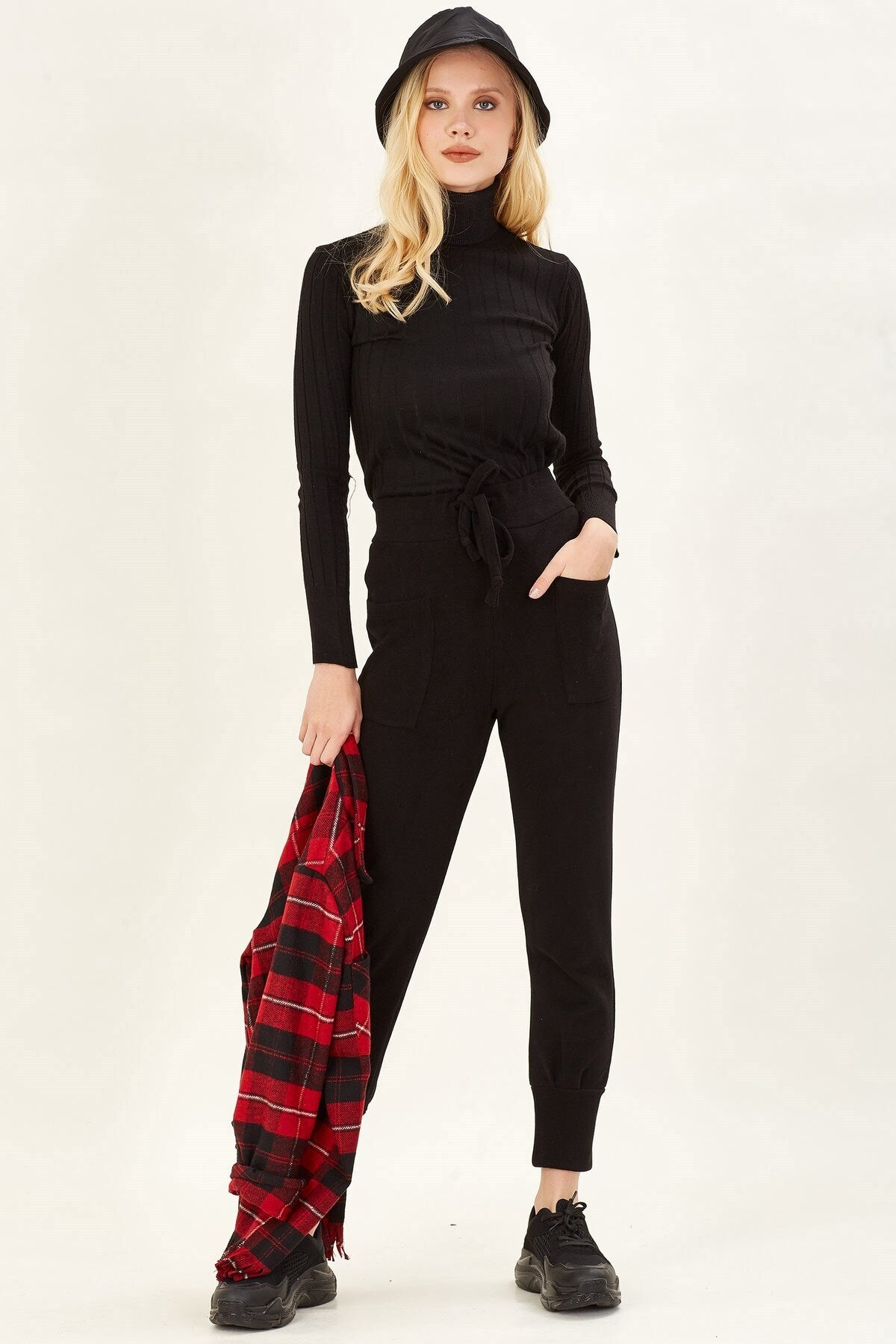 Arma Life Kadın Siyah Cep Detaylı Pantolon 2