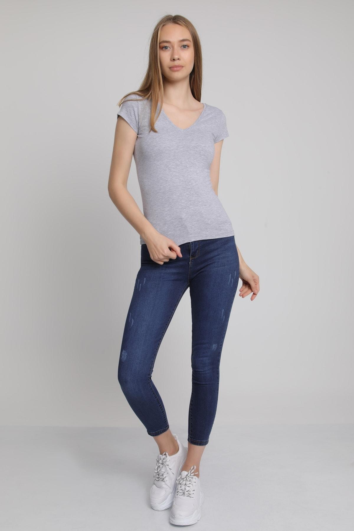 MD trend Kadın Gri Ön Arka V Yaka T-Shirt Mdt3472 1