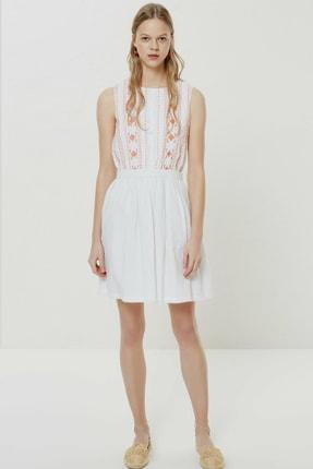 Yargıcı Kadın Kırık Beyaz Nervür Detaylı Kolsuz Elbise 0YKEL7122X