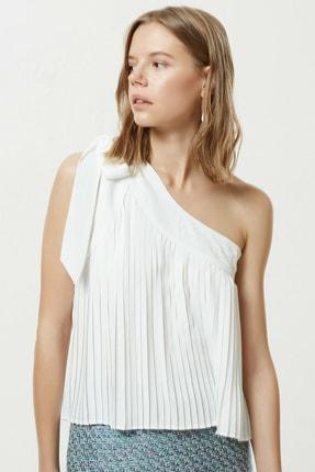 Yargıcı Kadın Kırık Beyaz Bağcık Detaylı Bluz 0YKGM6157X