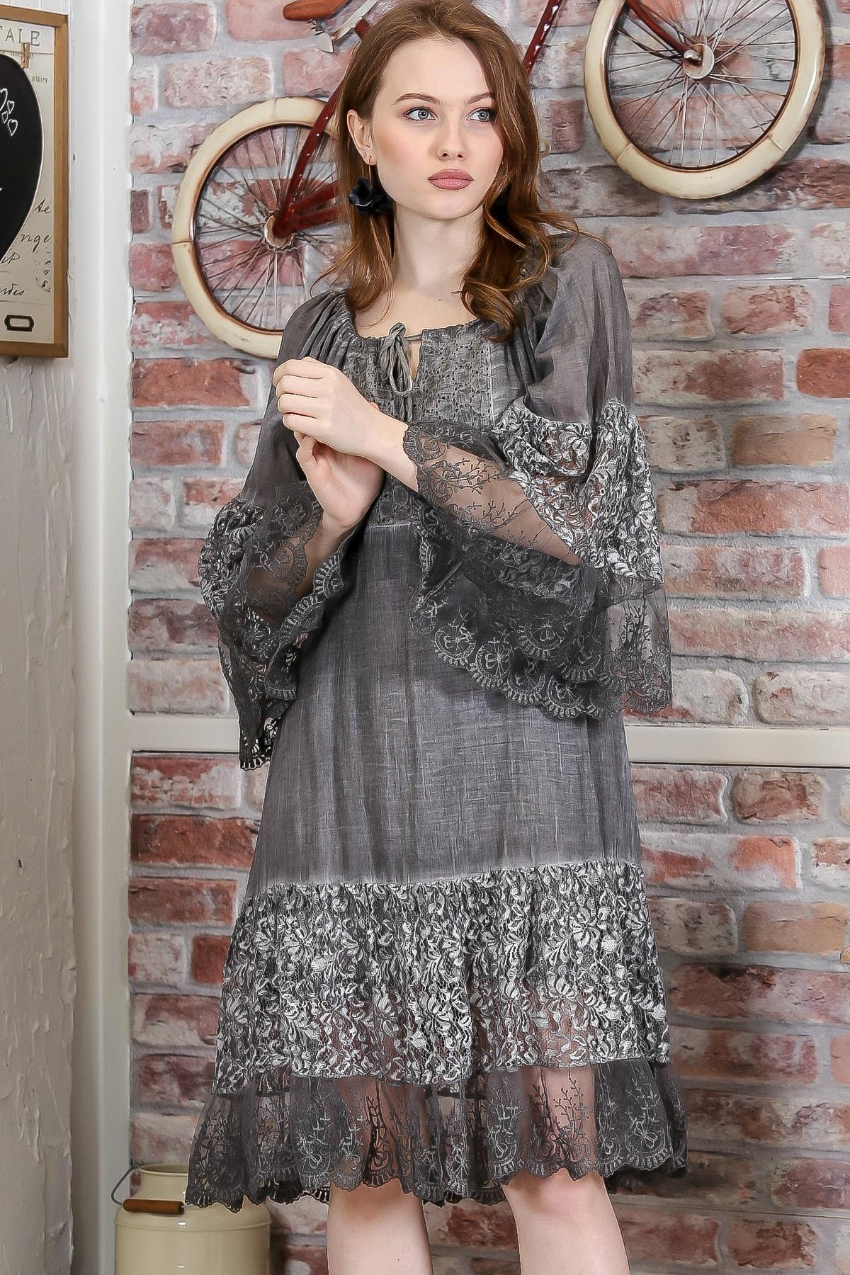 Chiccy Kadın Füme Carmen Yaka İspanyol Kol Dantel Detaylı Astarlı Salaş Midi Elbise M10160000EL95240