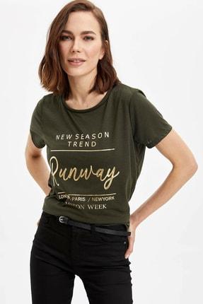 DeFacto Kadın Haki Baskılı Regular Fit Kısa Kollu T-Shirt N0836AZ.20SP.KH211