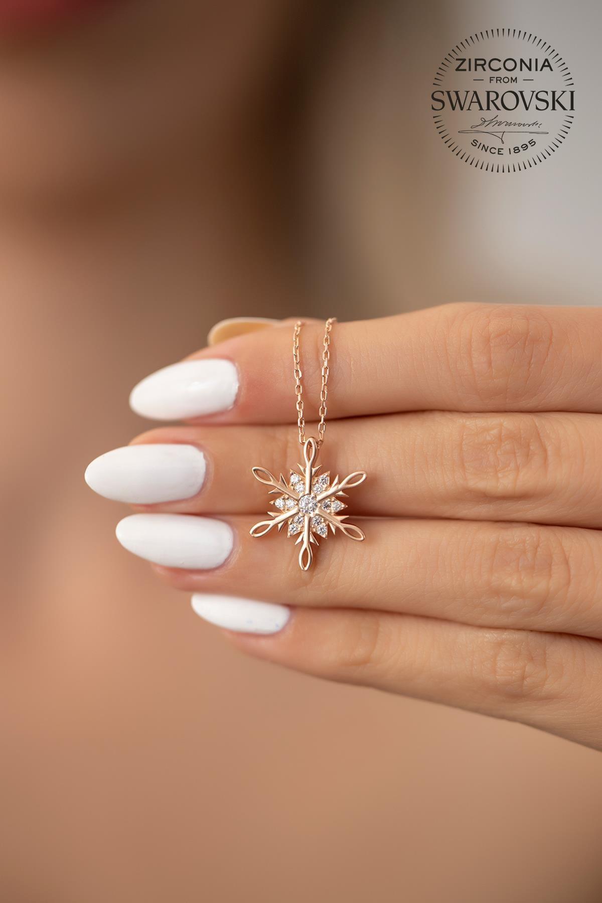 Ninova Silver Kadın Swarovski Taşlı Kar Tanesi Model Rose Kaplama Gümüş Kolye PKT-SBS0243