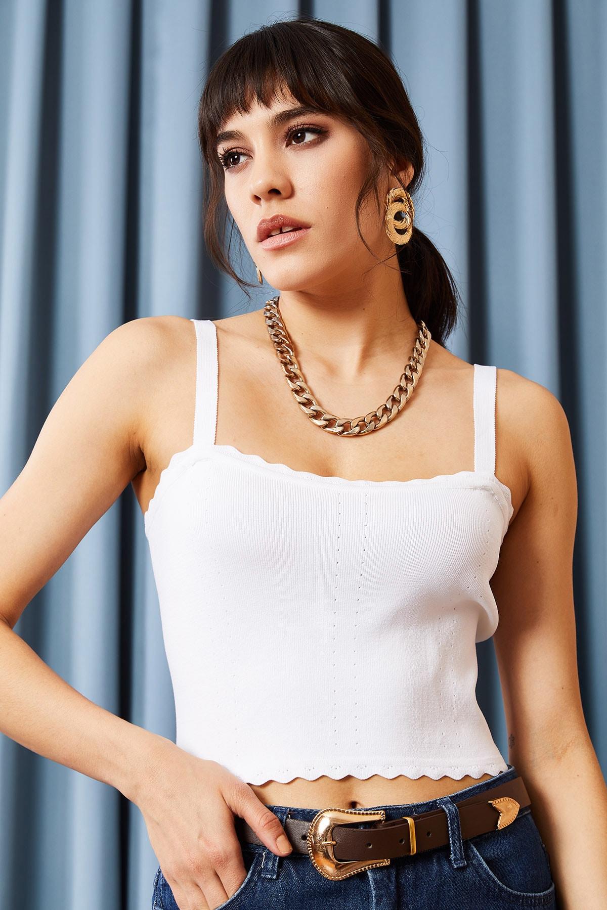 Olalook Kadın Beyaz Fırfırlı Yazlık Bel Üstü Triko Bluz BLZ-19000882 2