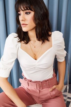 Olalook Kadın Ekru Önü Büzgülü Kol Detaylı Likralı Bluz BLZ-19000857