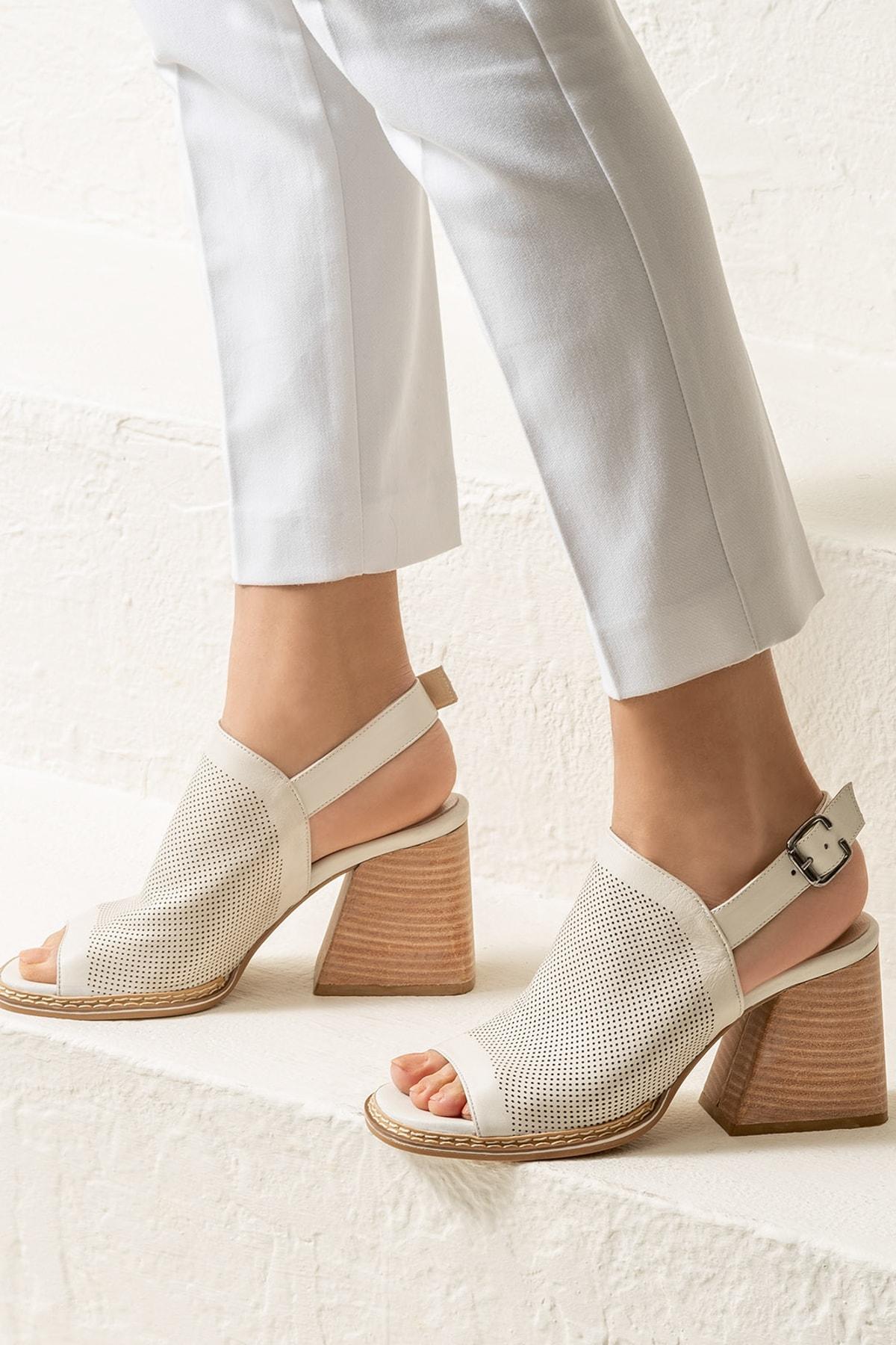 Elle Shoes PATRA Hakiki Deri Ecru Kadın Sandalet 1
