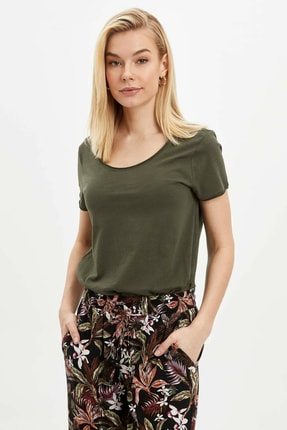DeFacto Kadın Haki Pis Yakalı Kısa Kollu T-Shirt K1508AZ.20SP.KH211