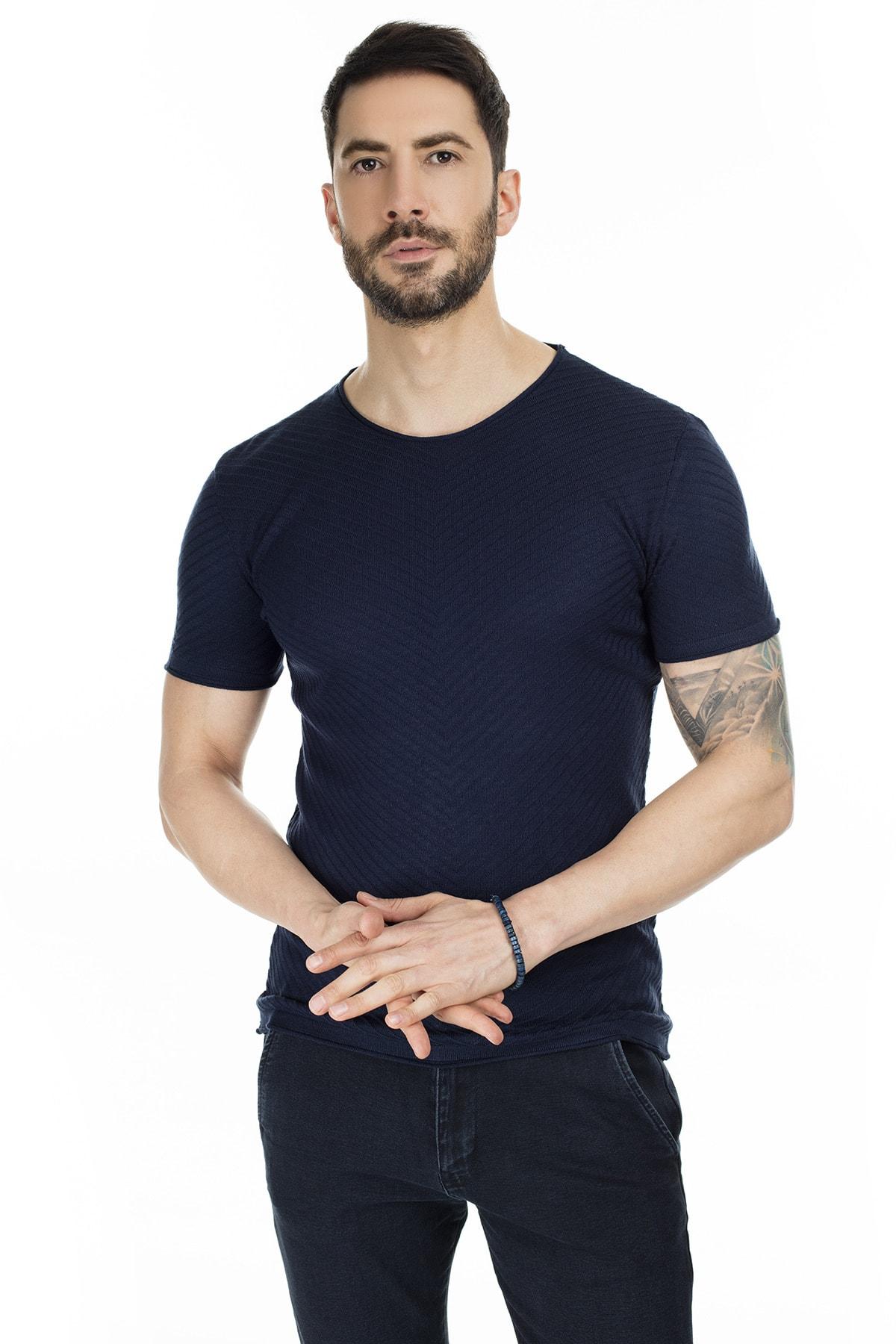 Buratti Erkek LACİVERT Bisiklet Yaka Kısa Kollu Triko Slim Fit T Shirt ABK60003LNS