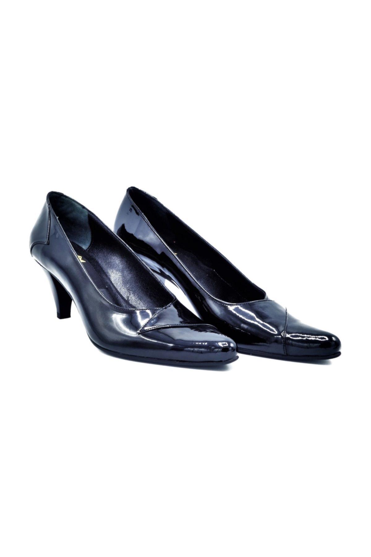 Zaim Kundura Hakiki Deri Kadın Klasik Topuklu Ayakkabı 2